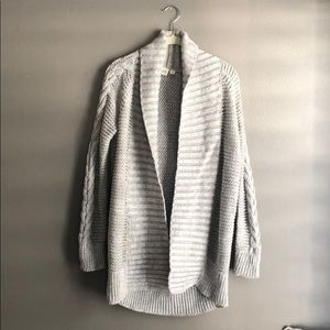 Small grey GAP cardigan sweater